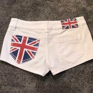 Delias shorts!